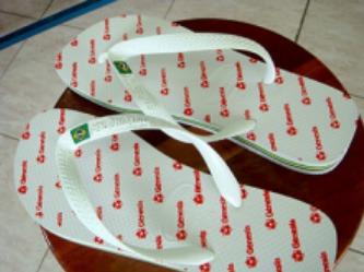 Como estampar chinelos e sandálias havaianas