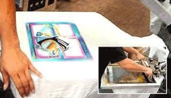 Diferentes formas de serigrafia em tecidos e malhas
